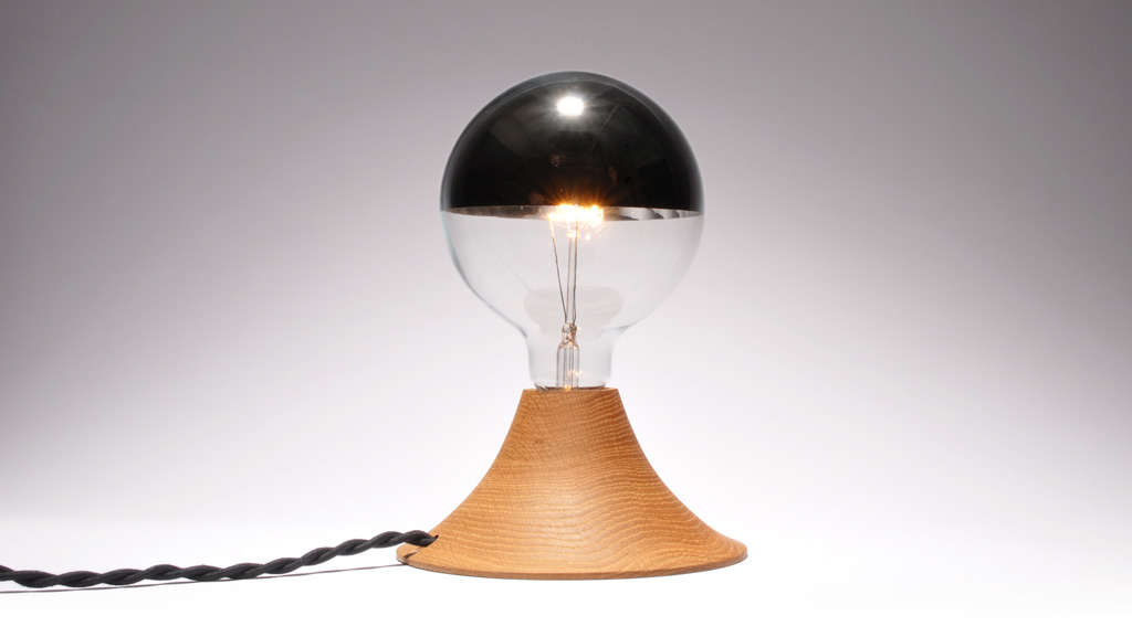 A Flock type Design: Aurora Lamp