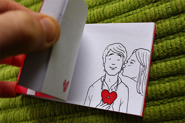 Creating Awesome Flipbook by Hand Drawn Pictures